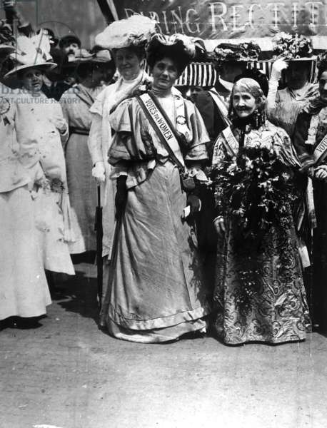 Mrs Pankhurst and Mrs Wolstenholme Elmy at a Suffragette meeting, 1908 (b/w photo)