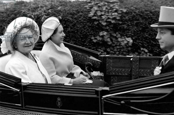 Her Majesty Queen Elizabeth II arriving for a ceremony in horse drawn carriage with the Queen Mother, June 1977 (b/w photo)
