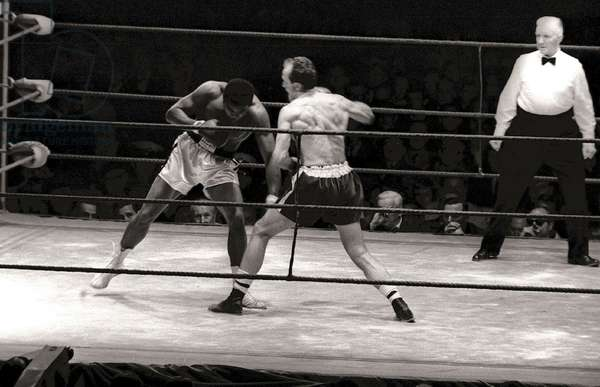 Muhammad Ali in the ring, 1966
