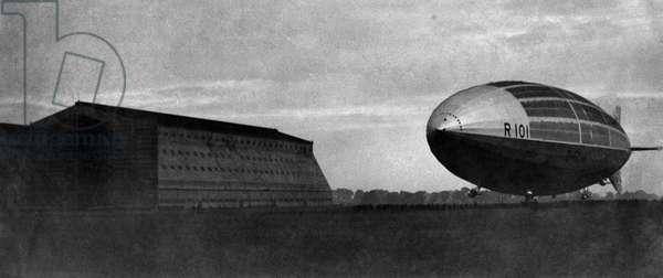 R101 Airship moored at the Royal Airship Works Cardington, Befordshire.  October 1929