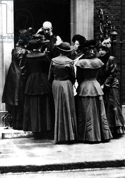 Suffragette women outside No 10 downing Street MSI