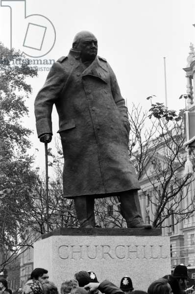 The unveiling of the Sir Winston Churchill Statue in Parliament Sqaure. Pictured, the statue. 1st November 1973 (b/w photo)