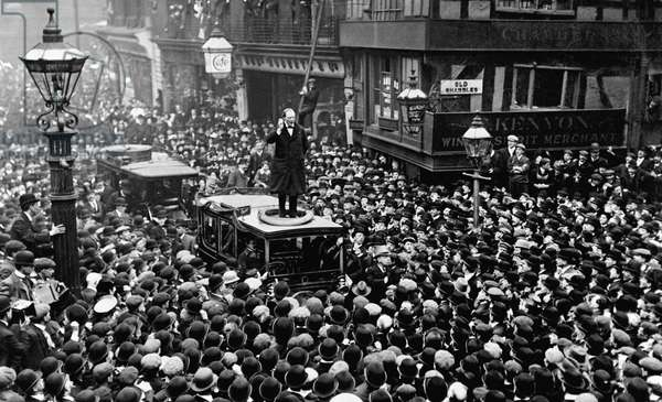 Winston Churchill speaking from the top of a car in Manchester in April 1908 (b/w photo)