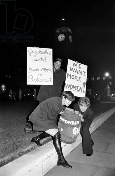 Actress Diane Heart and members of her pressure group for women in Parliament, 5th November 1969 (b/w photo)