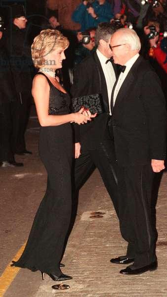 Princess Diana attending Charity Gala, November 1995 (photo)