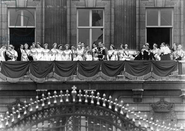 Coronation of Elizabeth II: The Queen and the rest of the Royal party on the balcony at Buckingham Palace, 2nd June 1953 (b/w photo)