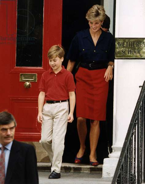 Prince William coming out of school followed by mother Princess Diana, September 1991 (photo)