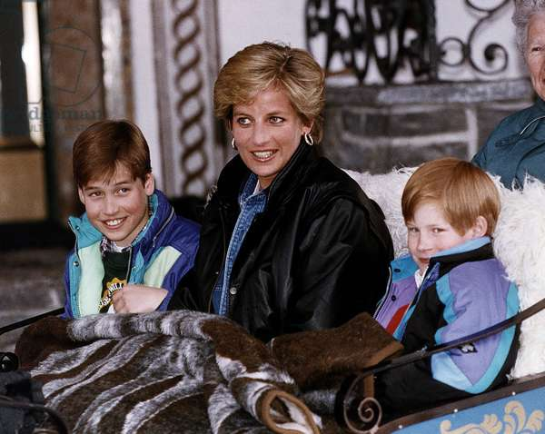 Princess Diana, Dad's away as Wills and Harry have fun in Austria with mum c.1995 (b/w photo)