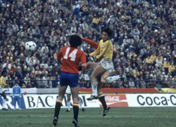 1978 World Cup First Round Group 3 match in Mar Del Plata, Argentina. Brazil 0 v Spain 0. Brazil's Zico battles for the ball with Eugenio Leal. 7th June 1978 (photo)