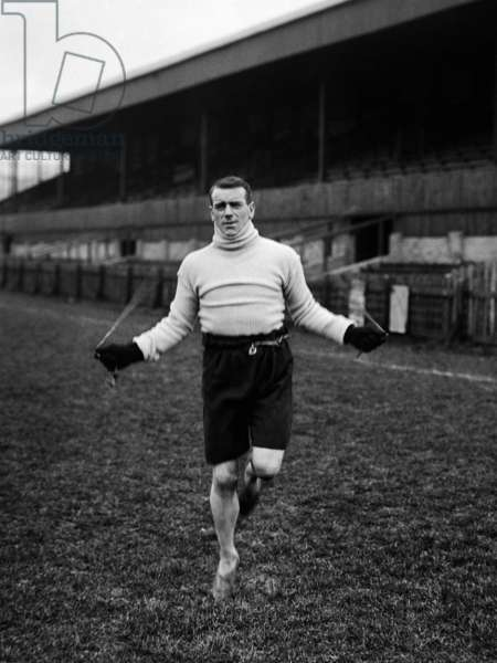 Southend F.C training for cup tie.  29th January 1921. Captain Arthur Whalley skipping.
