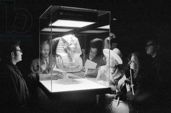Tutankhamun Exhibition at the British Museum, London, 28th March 1972 (b/w photo)