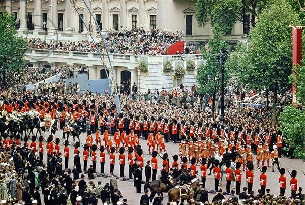 Queen Elizabeth Coronation II, London, 2nd June 1953 (photo)