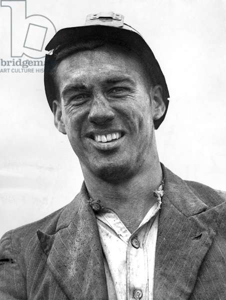 Nat Lofthouse Bolton Wanderers. Photographed in 1946 when he was a miner at Mosley Common Pit, Lancs. April 1946 (photo)