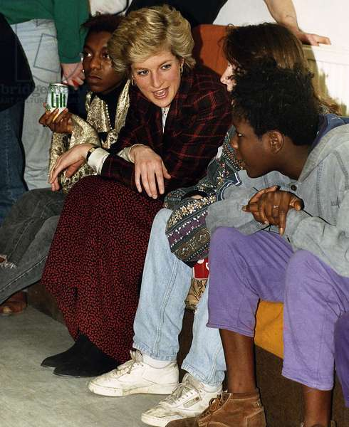 Princess Diana the Princess of Wales during visit to Day Centre for Young Homeless, February 1990 (photo)