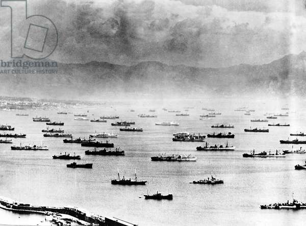 Convoy of Allied ships assembles in Southern Italy in preparation for the invasion of Southern France during WW2, 19th August 1944 (b/w photo)