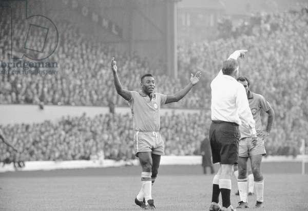 Scotland v Brazil International Friendly at Hampden Park, 25th June 1966. Pele appeals to the referee. Final score:Scotland 1-1 Brazil (photo)