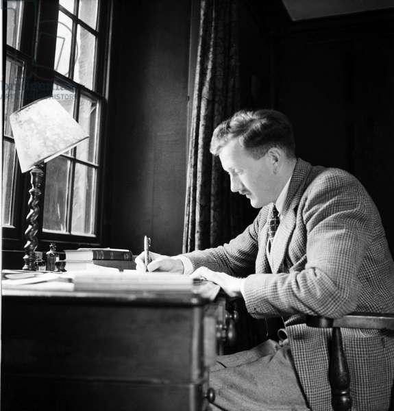 Richard Wakeford V. C. June 1946 O2826-002