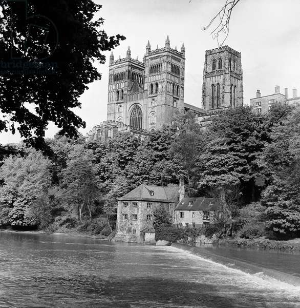 Durham City, County Durham. Durham Cathedral and the River Wear. 24th May 1969.