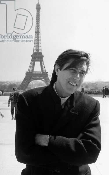 Bryan Ferry, Paris, 1985 (b/w photo)