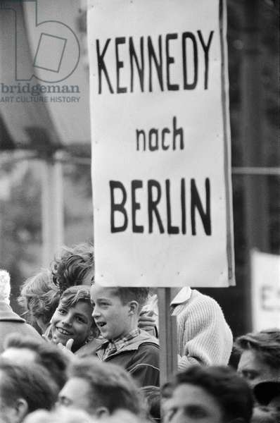 West Berlin protest meeting about border closure, 17th August 1961 (b/w photo)