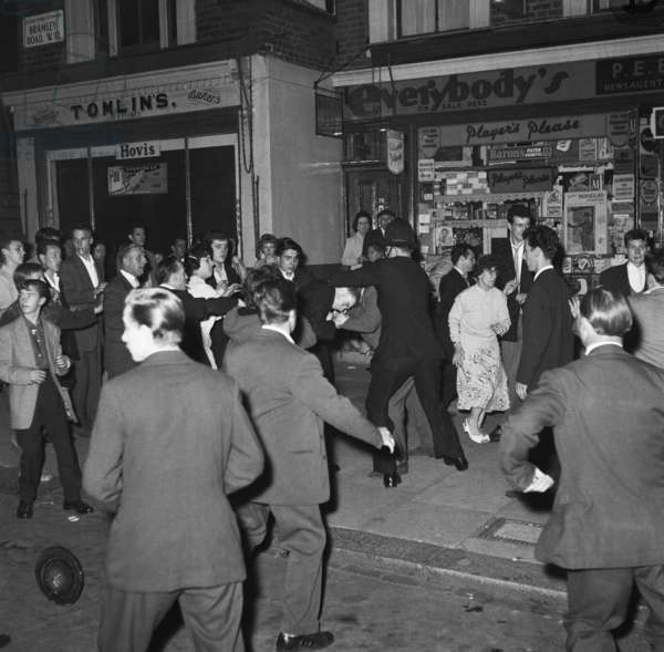 Scuffles and arrests, Bramley Road, 31st August 1958 (b/w photo)