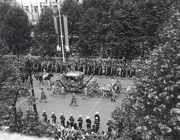 The Coronation of Queen Elizabeth II, 2nd June 1953 (b/w photo)