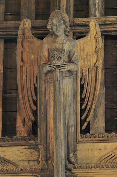 View of a hammer beam angel (a crown bearing female angel) at St. Mary's, Bury St. Edmunds, Suffolk, Mid 15th century (photo)