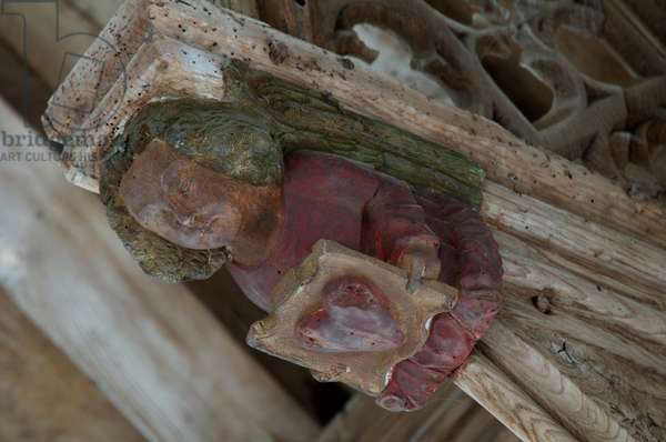 Angel on the end of a hammer beam at St. Botolph, Banningham, Norfolk, 15th century (photo)