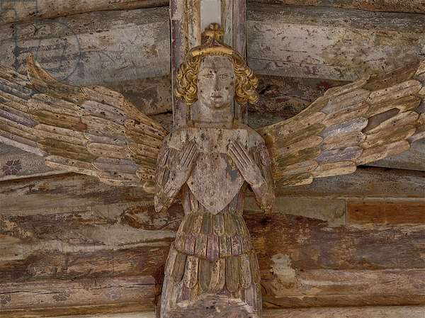 Painted roof angel bearning shield; Holy Trinity Blythburgh, Suffolk, 15th century (photo)