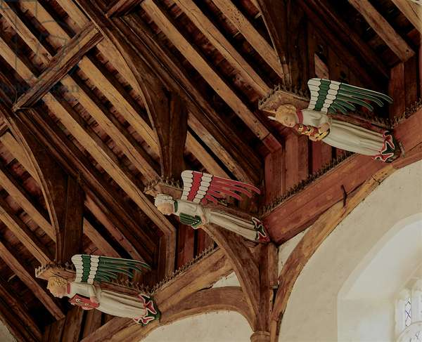 Three hammer beam roof angels at St. Mary's's, South Creake, Norfolk, showing the single hammer beam structure, c.1415-20 (photo)