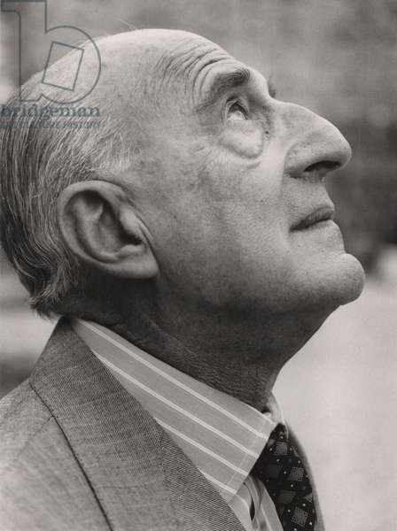 Gillo Dorfles, Milan, Italy, 1986 (b/w photo)