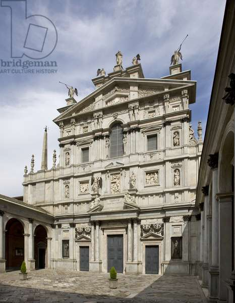 Facade of the Church of Santa Maria dei Miracoli presso San Celso, Milan, Lombardy, Italy (photo)