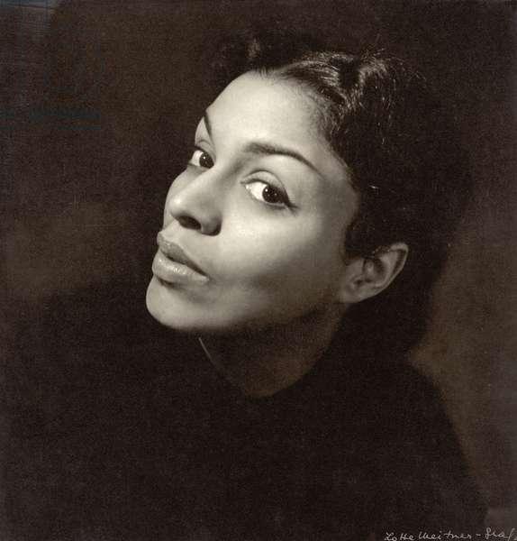 Muriel Smith (b.1930) (b/w photo)