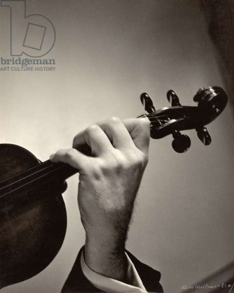 Yehudi Menuhin's hand (b/w photo)