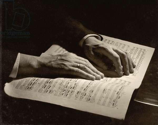 Otto Klemperer's hands (b/w photo)