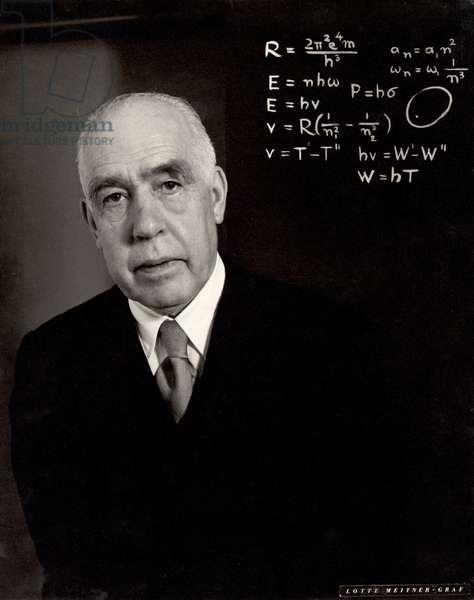 Niels Bohr (1885-1962) (b/w photo)