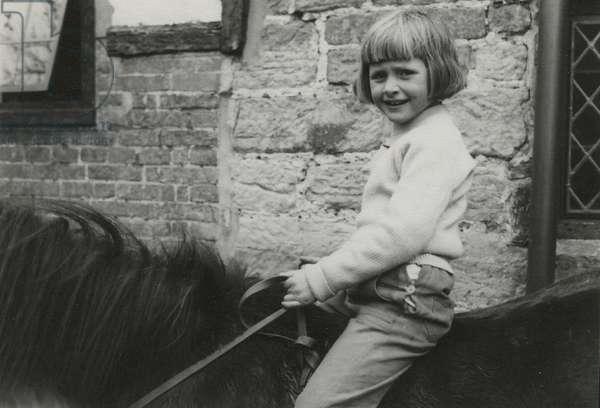 Lizzie Spender, 1950s (b/w photo)