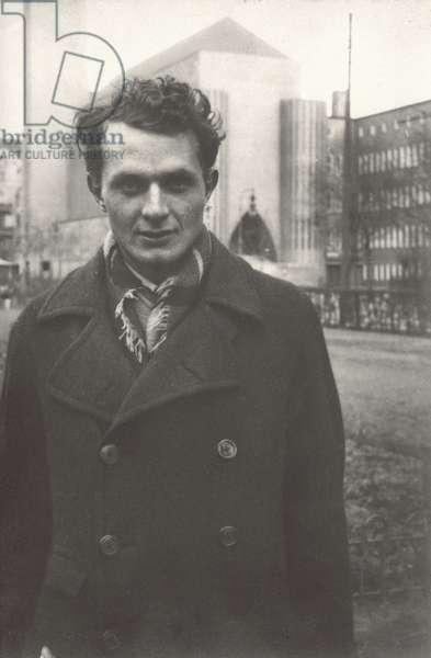 Stephen Spender, Berlin, 1929 (b/w photo)