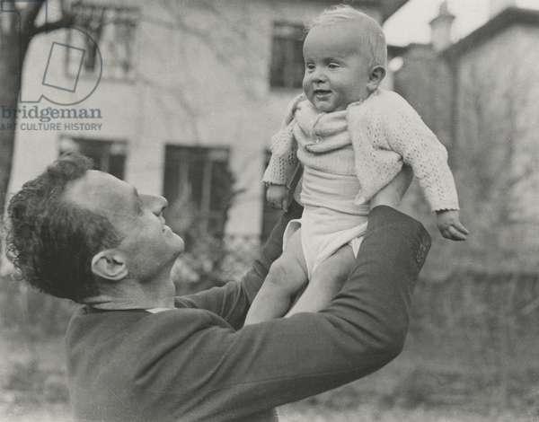Stephen Spender with his son Matthew, 15 Loudoun Road, St John's Wood, 1946 (b/w photo)
