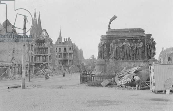 Heumarkt, Cologne, c.1945 (b/w photo)