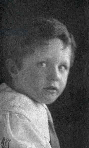 Stephen Spender as a Child, c.1913 (b/w photo)