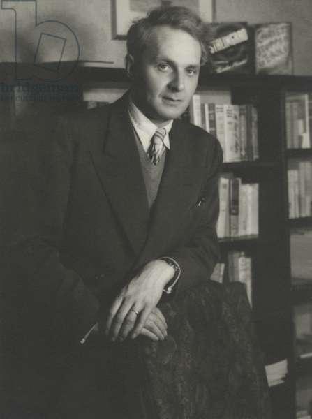 Stephen Spender, Berlin, 1957 (b/w photo)