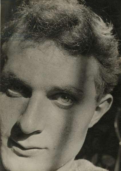 Stephen Spender (b/w photo)