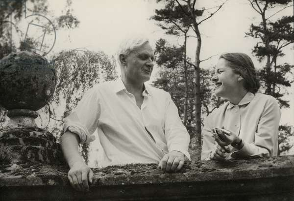 Stephen Spender and Mary McCarthy at Bruern Abbey, Oxfordshire (b/w photo)