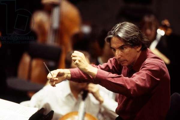 Michael Tilson Thomas, Paris, France, 1999 (photo)