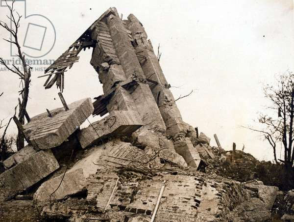 Wrecked windmill observation post, 23 October 1917 (b/w photo)