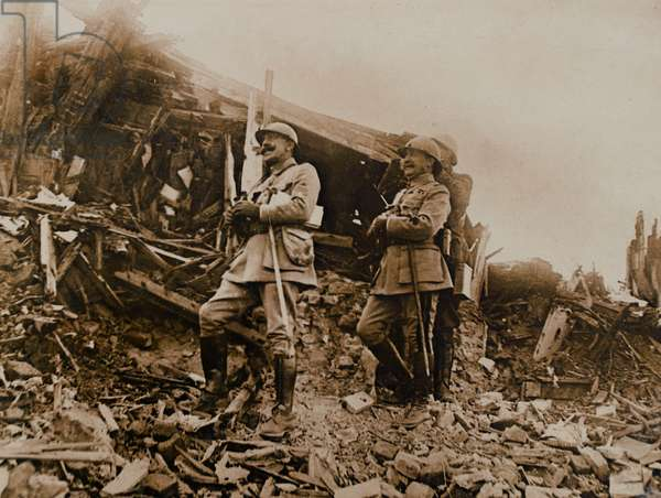 'Watching the battle progress amongst incredible ruin', 1916 (b/w photo)