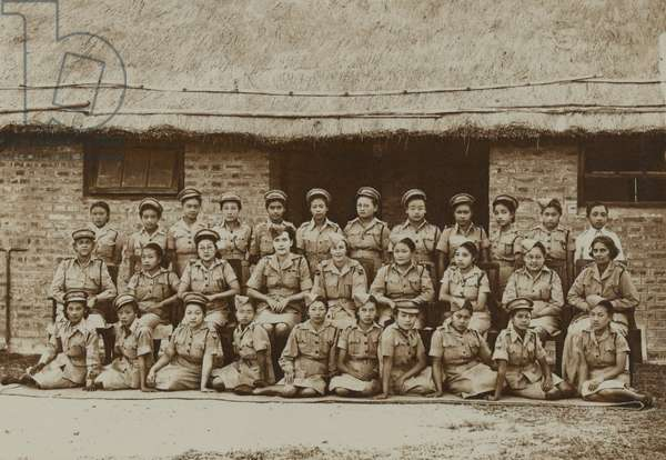 Members of the Women's Auxiliary Corps (India) in service dress (b/w photo)