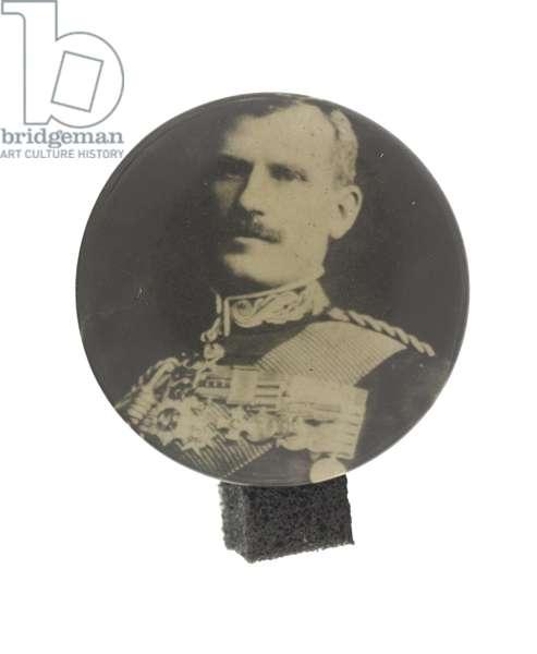 Lapel badge depicting Brig Gen Sir H Macdonald, c.1900-02 (b/w photo)