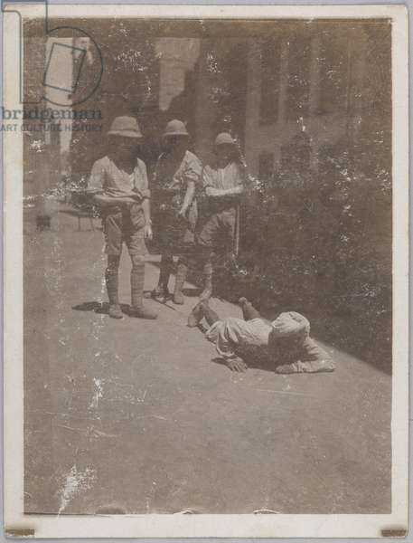 Native crawling up street where Miss Sherwood was assaulted, India, 1919 (b/w photo)